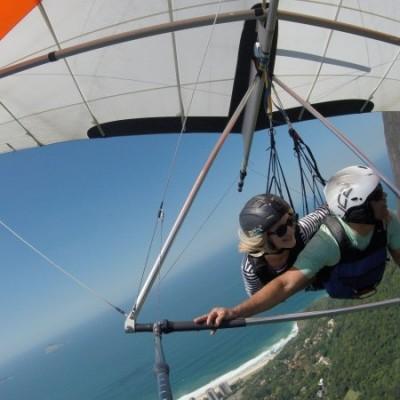 Sobrevoando a Floresta da Tijuca no voo de asa delta